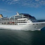 First US cruise ship for fifty years docks in Havana